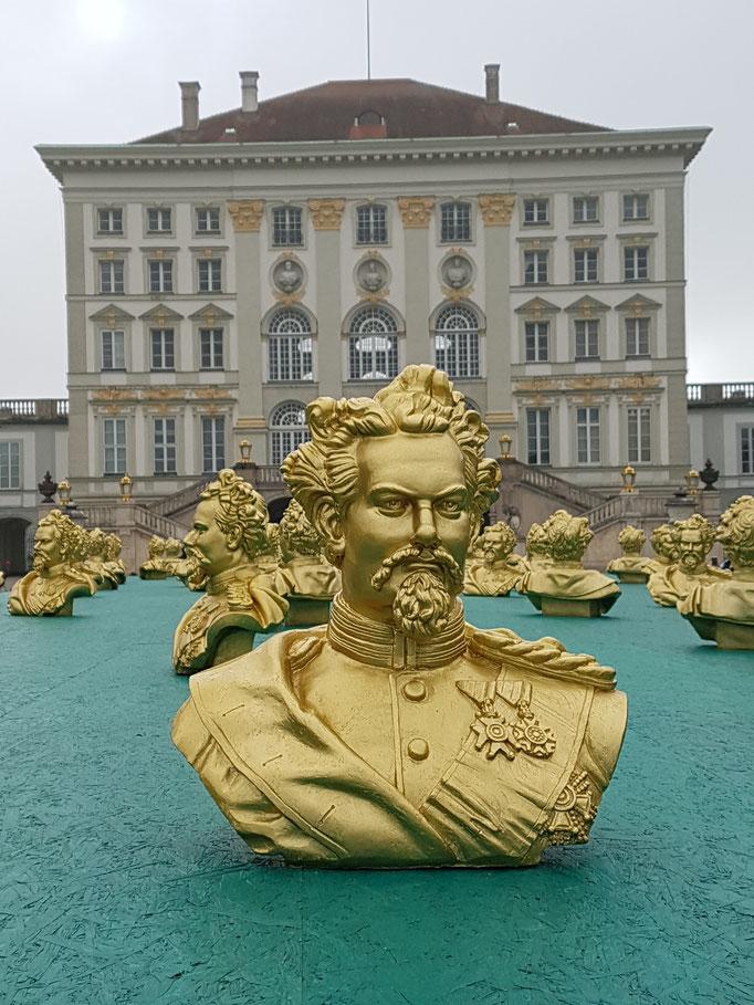 könig ludwig II. - temporäres kunstwerk am nymphenburger schloß