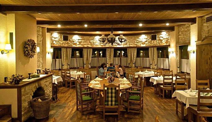 Restaurant in rustikaler Steinpracht