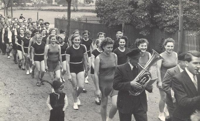 Wünschendorf Erzgebirge Schulfest 1952 Foto: v. B.Stein