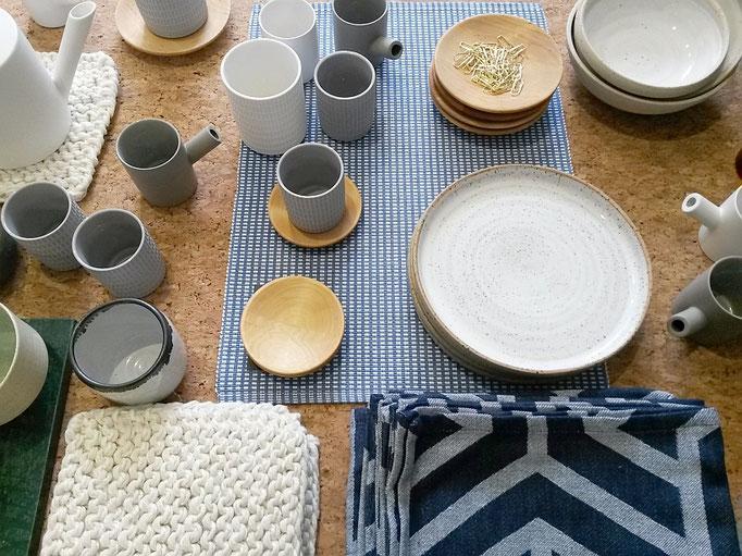 Keramik und Textilien beim INK + OLIVE Pop up Store