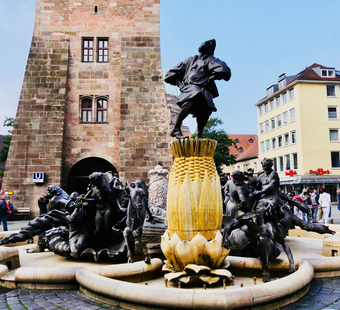 """Der """" Ehebrunnen"""" in Nürnberg"""