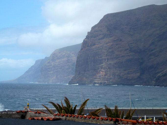 Bild: Steilküste Los Gigantes -- im Westen