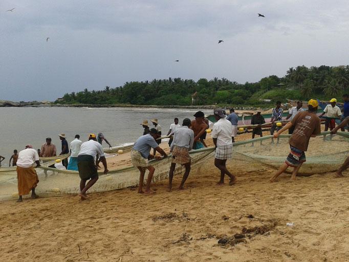 Das Fischernetz wird eingeholt