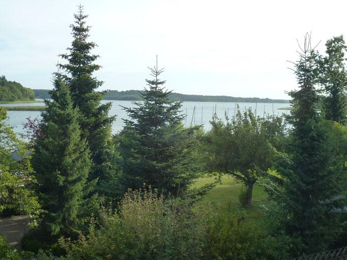 Blick von unserem Zimmer auf den See