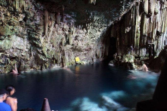 swim in Saturno Cave