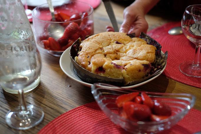 Délicieux gâteau aux fruits rouges