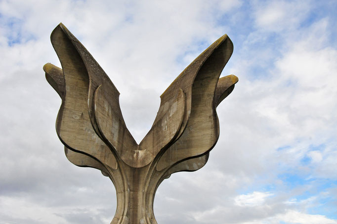 Stone Flower (Kameni Cvietnj) - Jasenovac / Croatia