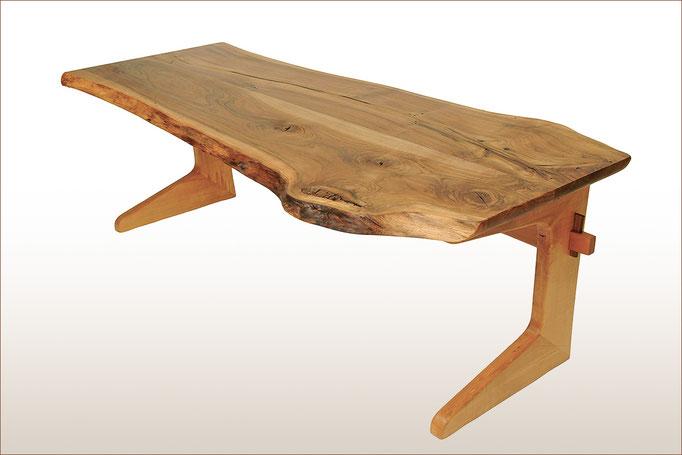 Schreibtisch > TIGRIS