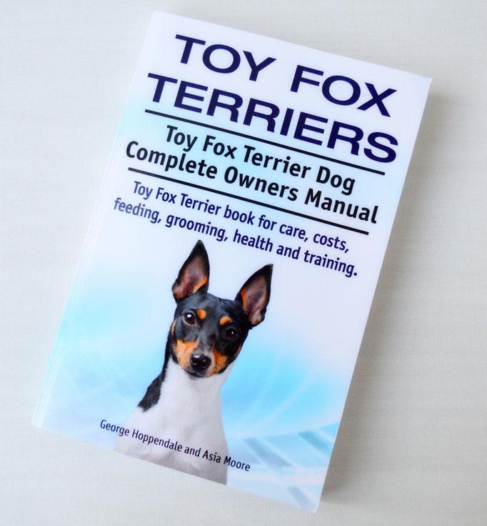 Книга о ТОЙ-ФОКСТЕРЬРАХ с иллюстрациями, на которых изображены собак нашего питомника