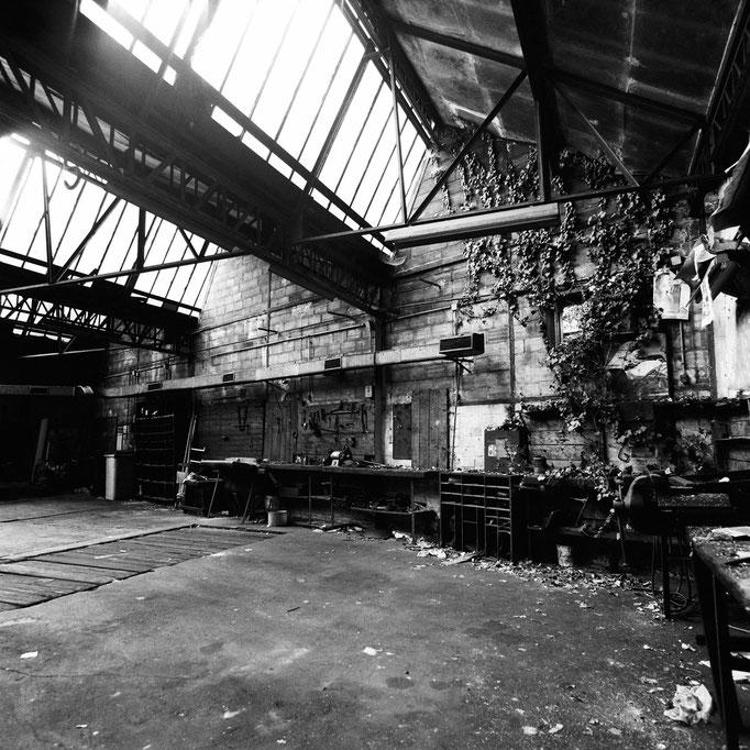 """""""Garage Colombelle"""", © 2014 Erwan Masson"""