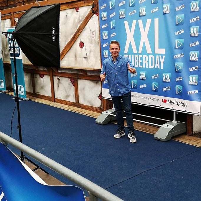Florian Faab, blue carpet, TuberDay