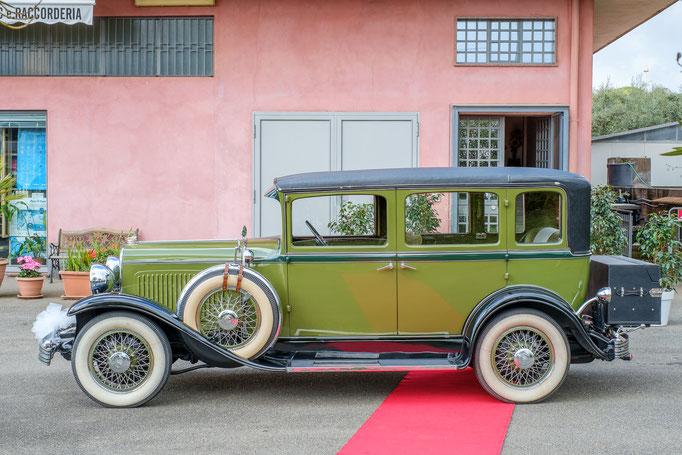 Brautwagen bei Hochzeitsreportage auf Sizlien
