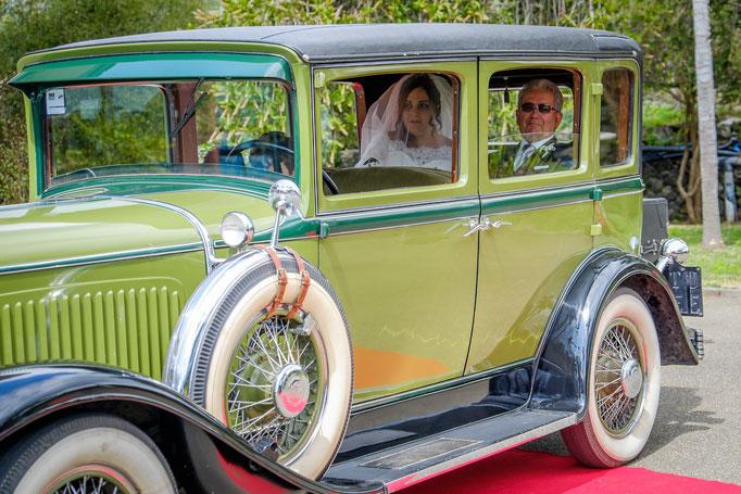 Hochzeitsfotograf auf Sizlien Brautwagen