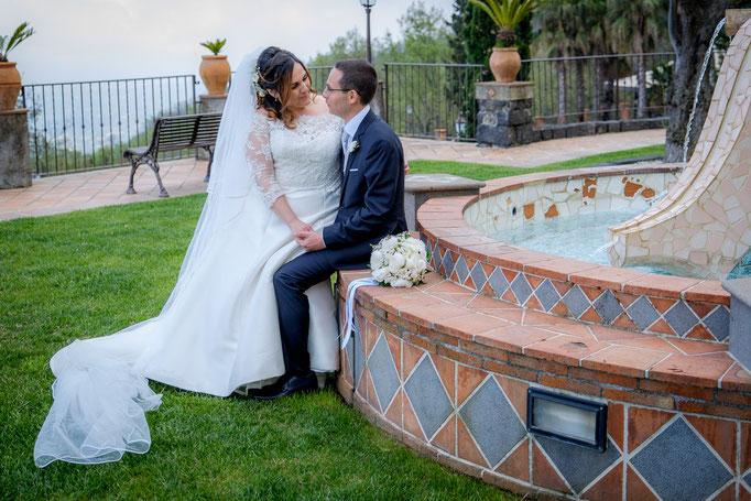 Brautpaarshooting im Park auf Sizilien