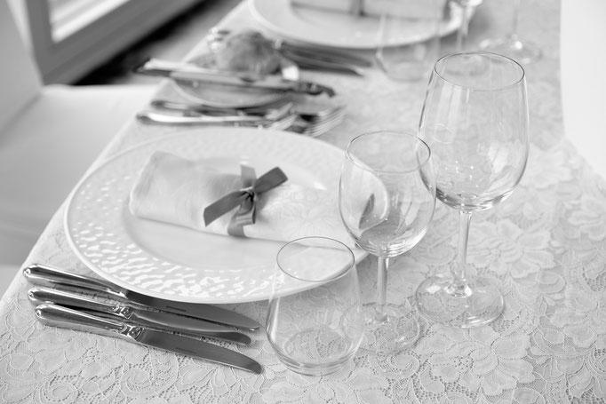 Gedeckter Tisch Hochzeitsessen