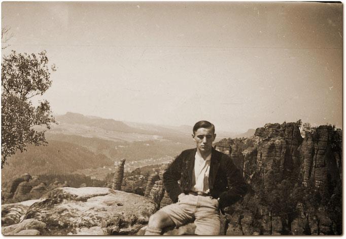 Helmut Katterwe 1930