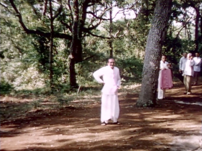 1956 ; Meher Center, Myrtle Beach, SC. ; Meher Baba with his men mandali at The Barn. The images were captured by Anthony Zois from a film by Sufism Reoriented.