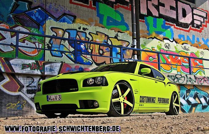 """07/14 - In der Nähe vom Hamburg wurde dieses Projektfahrzeug von CUSTOMKINGZ von mir ablichtet. Ein Dodge Charger SRT-8 """"CPE 600 SC"""" mit 599 PS"""