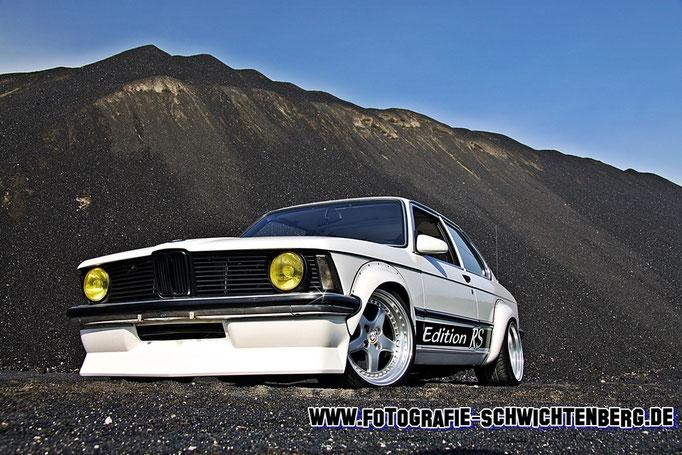06/14 - In Lommel / Belgien wurde dieser BMW E21 mit einem E36 M3 Motor abgelichtet.