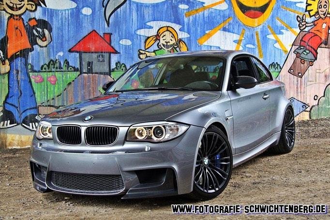 05/14 - Im Taunus bei der Firma TJ-Fahrzeugdesign wurde dieses Unikat abgelichtet. 1er BMW E82 CSL 5,0 V10 SMG - je Ausbaustufe ab 507 bis 635 PS.