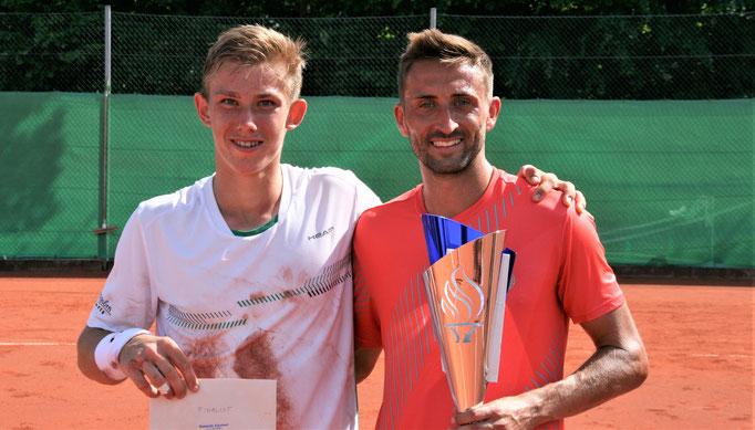Die Finalisten Tim Heger und Marvin Netuschil (v.l.)