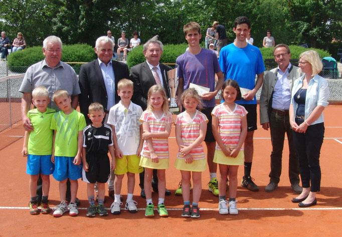 Gruppenbild mit den Finalisten