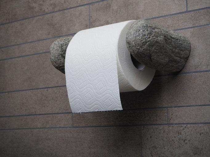 WC Rollenhalter aus Gneiss