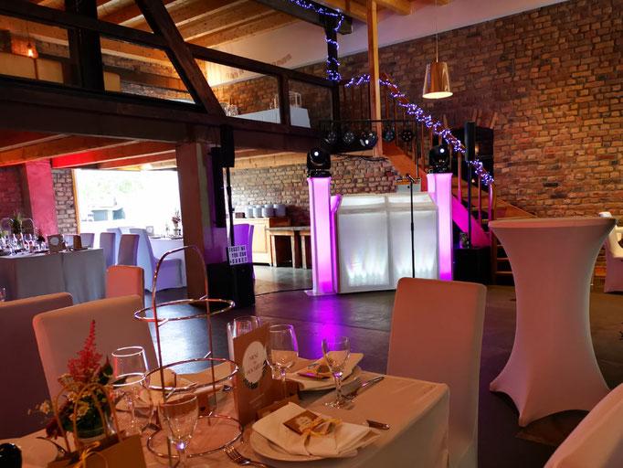 Hochzeit B7 Scheune in Düsseldorf