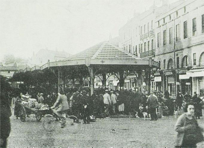"""Le marché """"de gros"""" à Arnaud Bernard en 1934 (Archives Municipales)"""