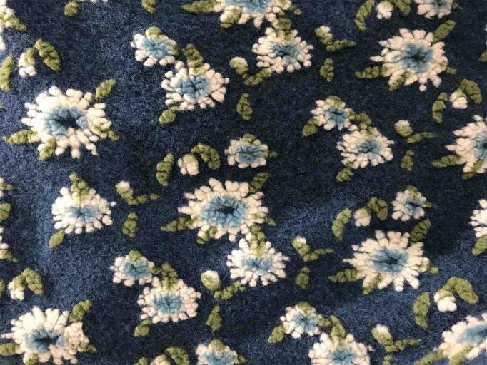 tessuti in lana ricamati per montagna