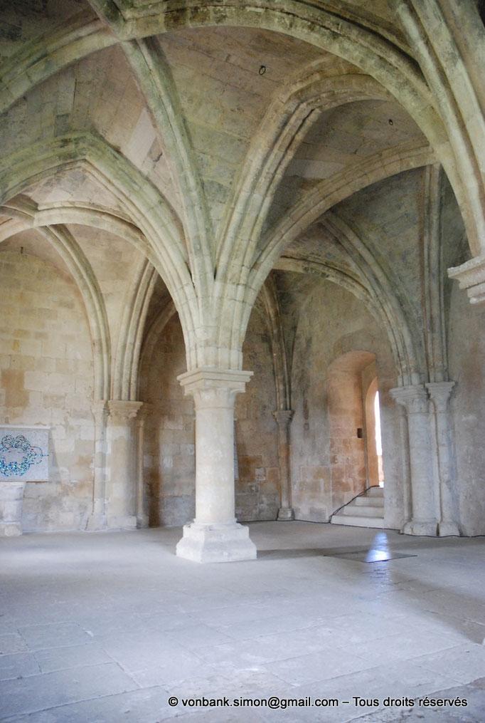 [NU003-2017-090] 13 - La Roque d'Anthéron - Abbaye de Silvacane : Salle des moines ou salle du chauffoir