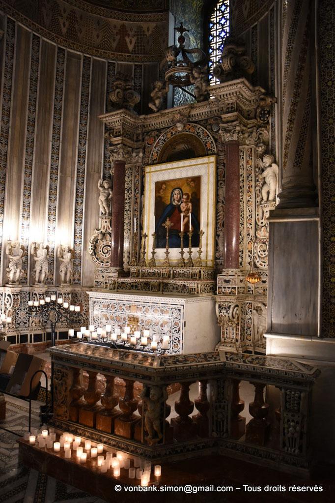 [NU906-2019-1707] Santa Maria Nuova (Monreale) : Autel de l'absidiole droite