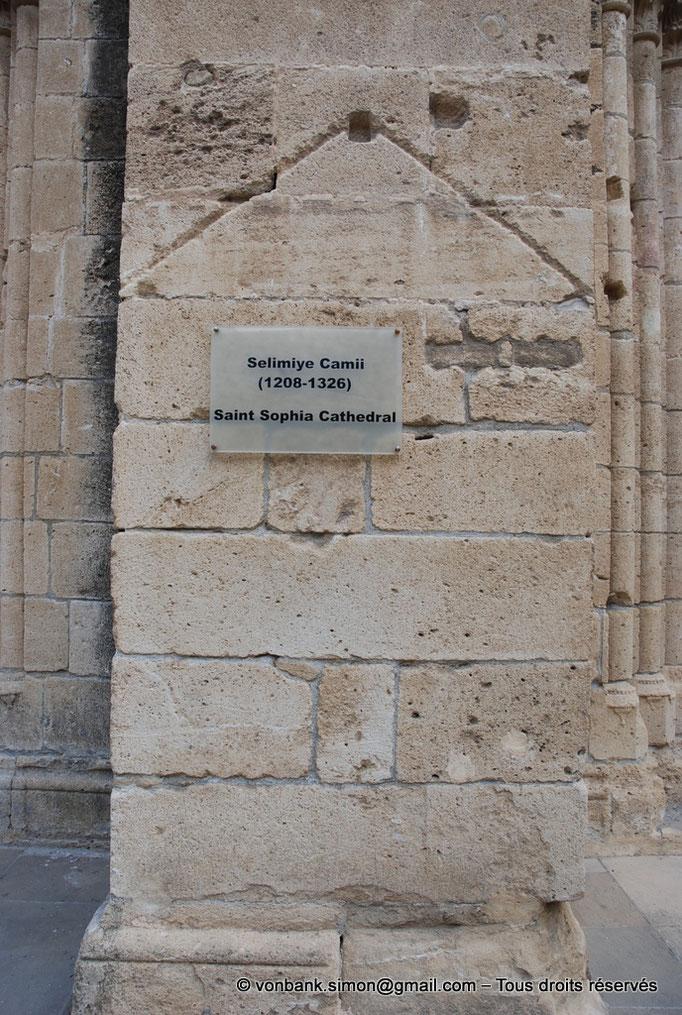 [NU905-2014-0314] Nicosie - Agia Sophia : Détail du contrefort droit de l'accès central extérieur du porche