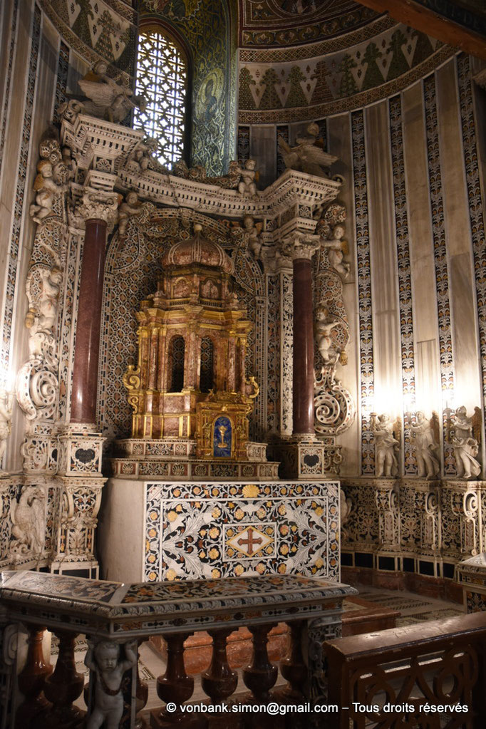[NU906-2019-1723] Santa Maria Nuova (Monreale) : Autel de l'absidiole gauche