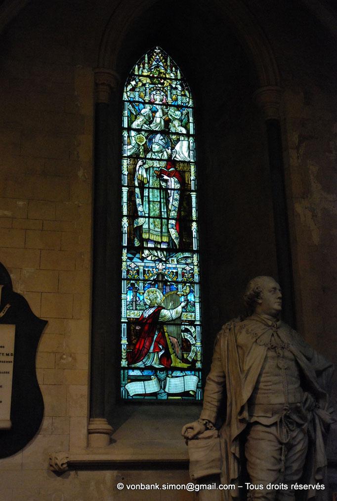 [NU002p-2016-0109] Dublin - Cathédrale Saint-Patrick : Vitrail de Saint Grégoire