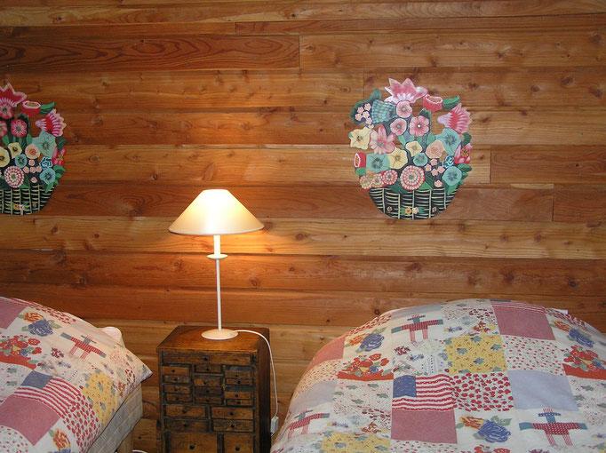 Chambre à deux lits indépendants des maisons à louer du Golf des Roucous