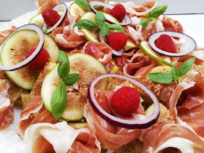 Salade de jambon cru, figues & framboise, Chef à domicile, chef à la maison, chef à domicile Grasse, Cours de cuisine à domicile, cours de cuisine Grasse, Chef Tristan Pontoizeau
