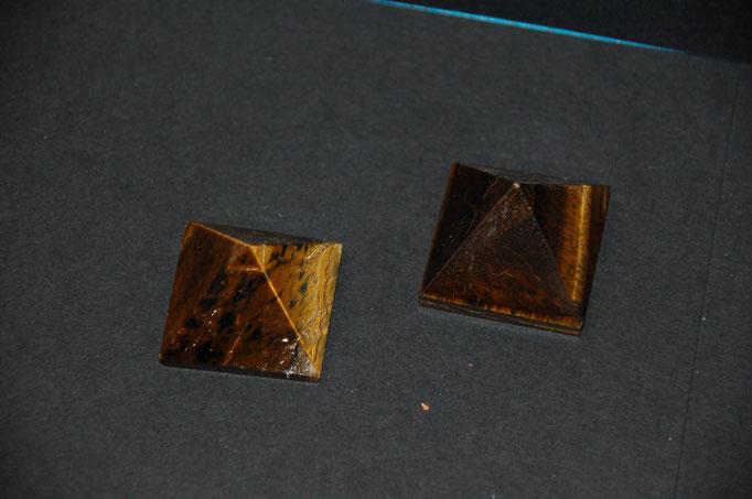 Pyramides Œil de Tigre