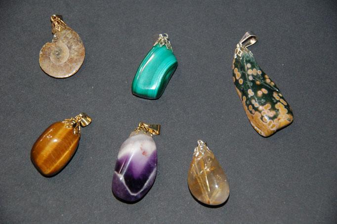 Pendentifs : Ammonite - Malachite - Jaspe Orbiculaire - Œil de Tigre - Améthyste - Quartz Rutile