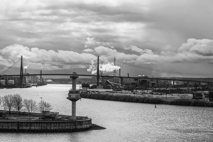 Köhlbrand - Hafen Hamburg - Germany