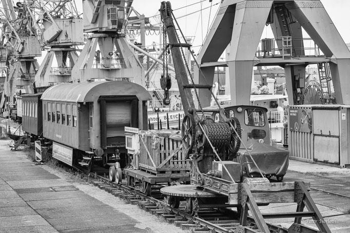 Kran, Schuppen 50 - Hafen Hamburg - Germany