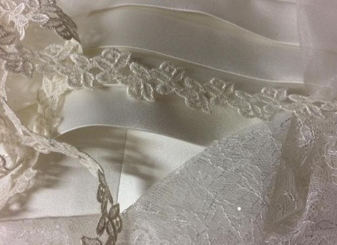 Tissus dentelle et satin pour création robe de Mariée Sylvie Berry Couture