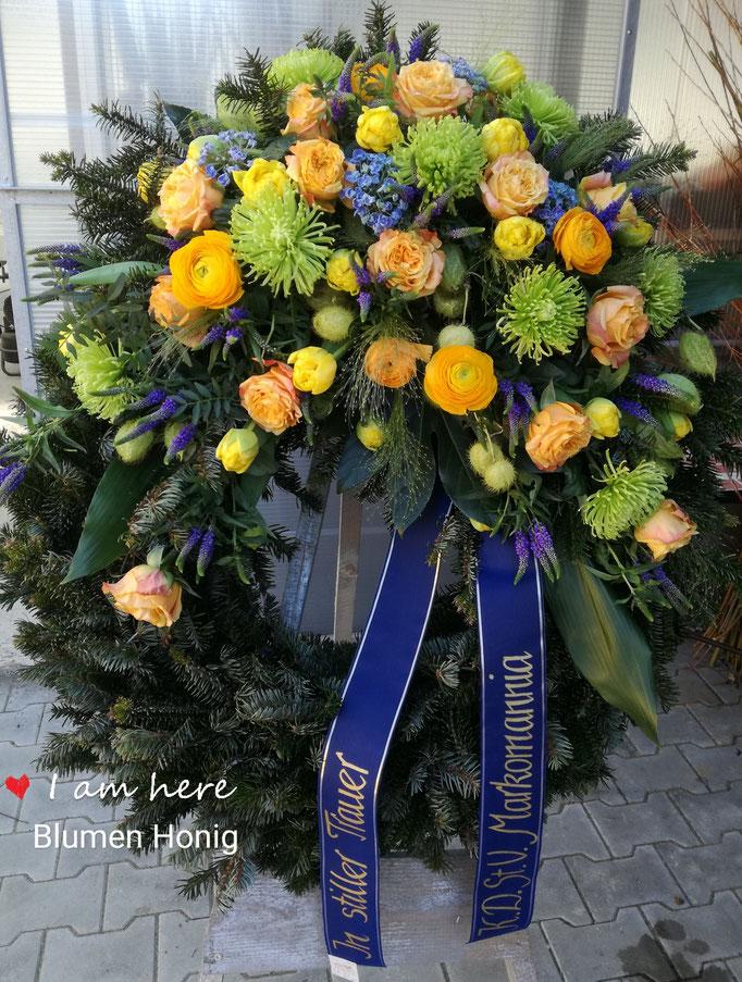 Trauerkranz in gelb und blau für Studentenverbindung