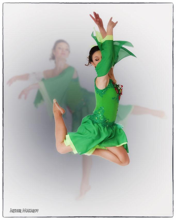 фото в Харькове - девушка в ритме танца