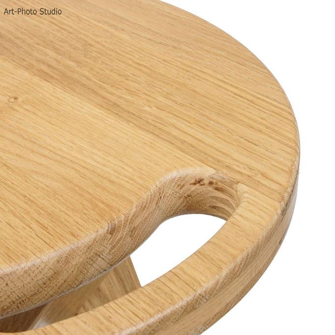 Фотосъемка табуретов из цельной древесины дуба