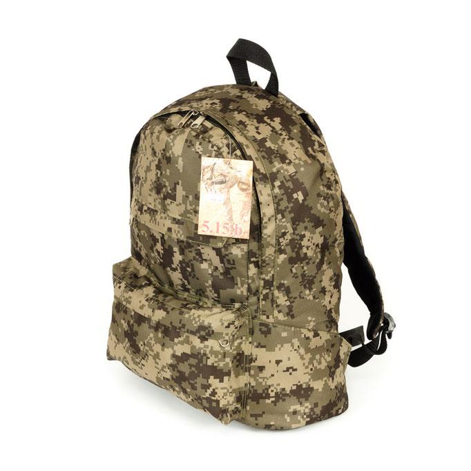 предметная фотосъемка для каталогов - армейские рюкзаки