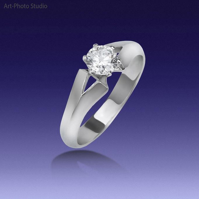 фотосъемка ювелирных украшений - кольцо из белого золота