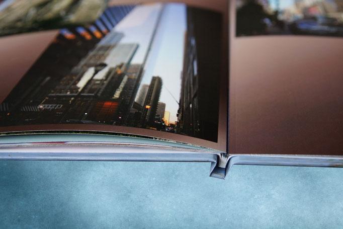 подарочный фотоальбом путешествий- разворот и переплет фотокниги