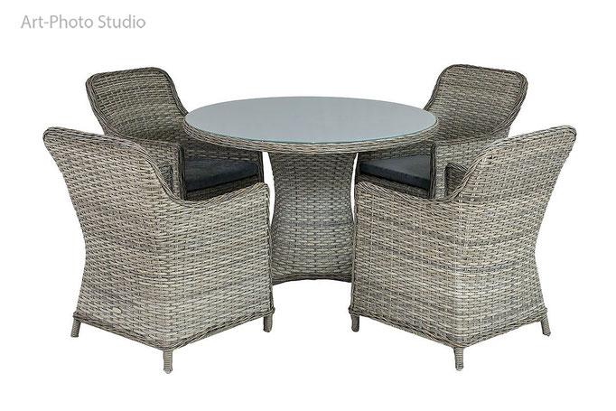 предметное фото плетеной мебели