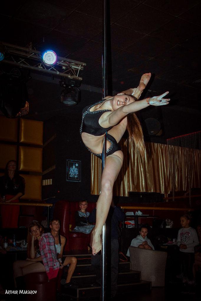 репортажная фотосъемка в Харькове - танцы на пилоне